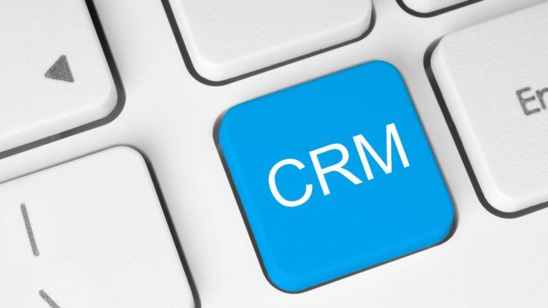 Como gestionar y triunfar en tu negocio con CRM • Espi Books